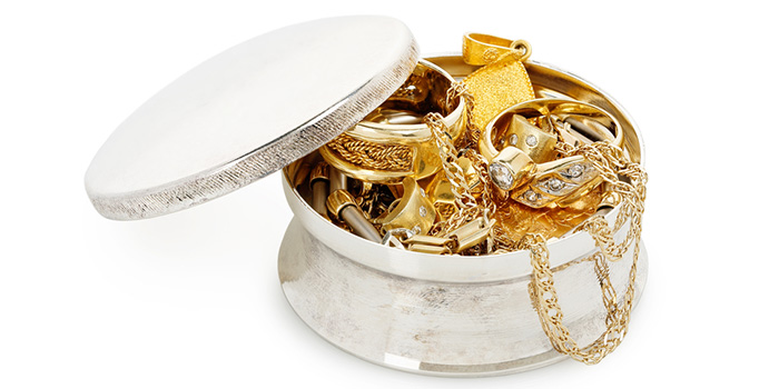 It's easier than ever to sell gold and diamond jewellery for extra cash