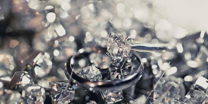 4 things to think about when selling diamond jewellery